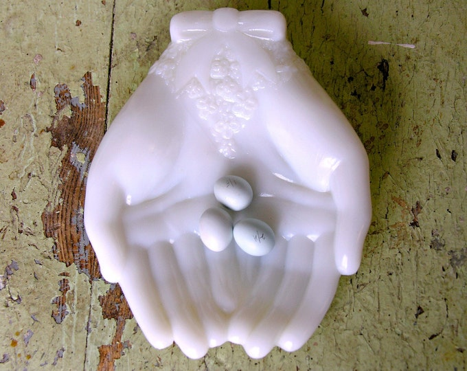 Vintage White Milk Glass Hand Dish for Soap, Rings, Jewelry, Candy - Avon Double Open Hands