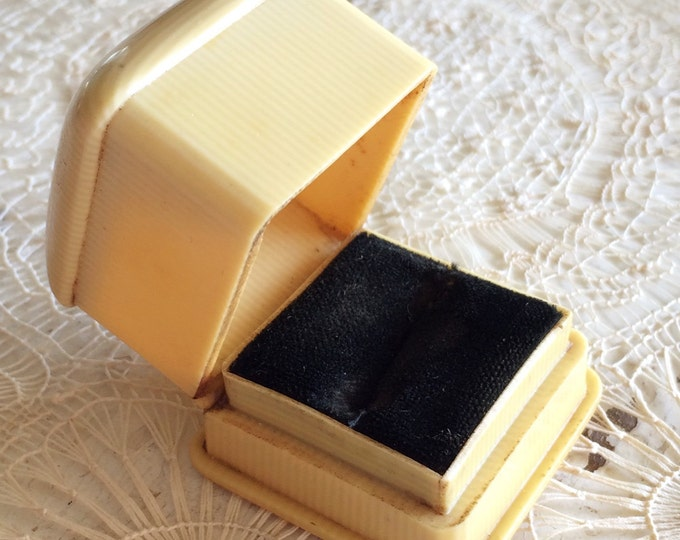 Antique Ring Box Wedding Engagement Vintage Ringbox Celluloid French Ivory Jewelry Presentation Velvet