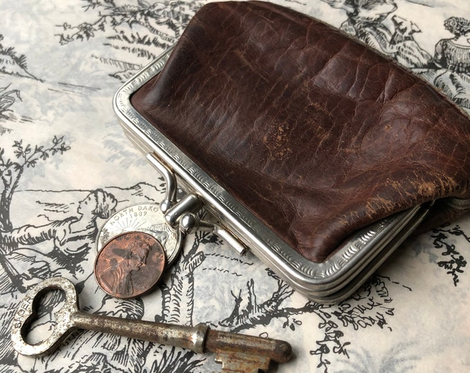 Small Vintage Coin Purse Shabby Leather Rusty Patina