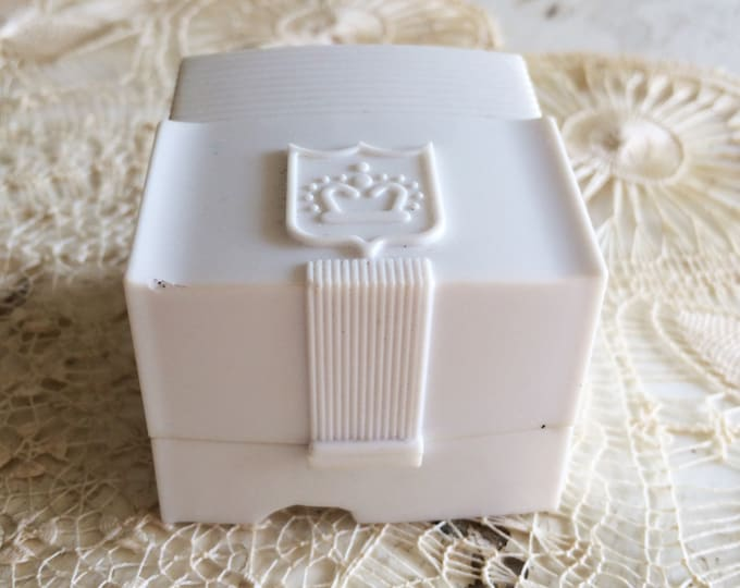 Vintage Ring Box Wedding Engagement White Celluloid Plastic Jewelry Presentation Crown Design