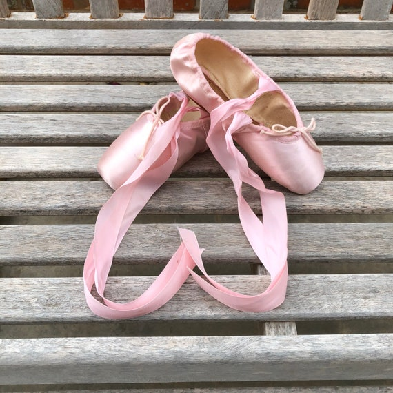 Vintage Pointe Shoes Pink Ballet Slippers - image 10