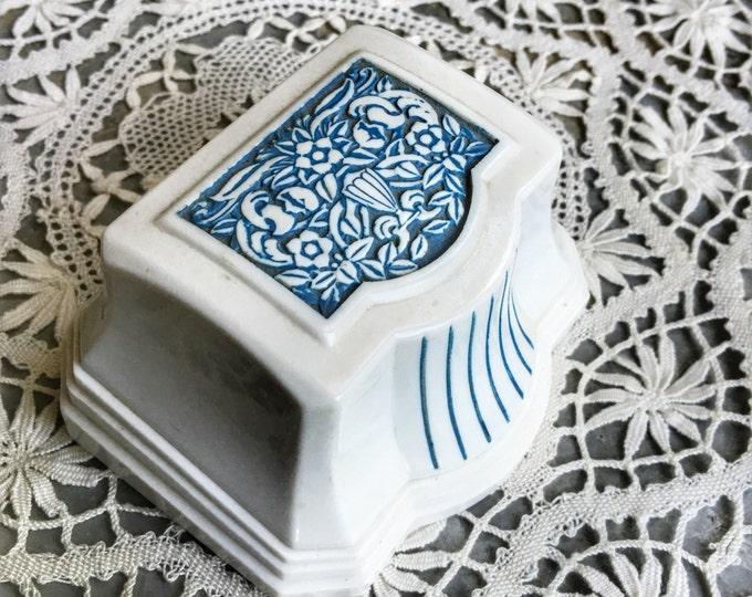 Vintage Ring Box Engagement Wedding Ringbox Celluloid White Plastic Jewelry Presentation Velvet