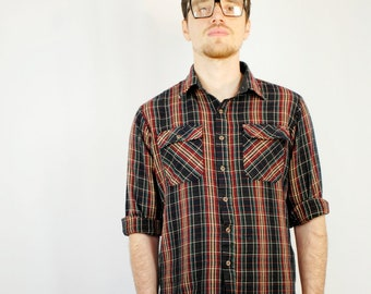 Brick red/black/green acrylic flannel buttondown MENS 1990s 90s VINTAGE