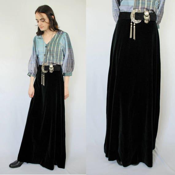 90s VINTAGE black velvet maxi skirt, PETITE, Goth… - image 7