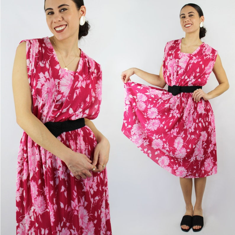 c159110a8f5 Deep pink and white floral dress   accordion pleat midi dress