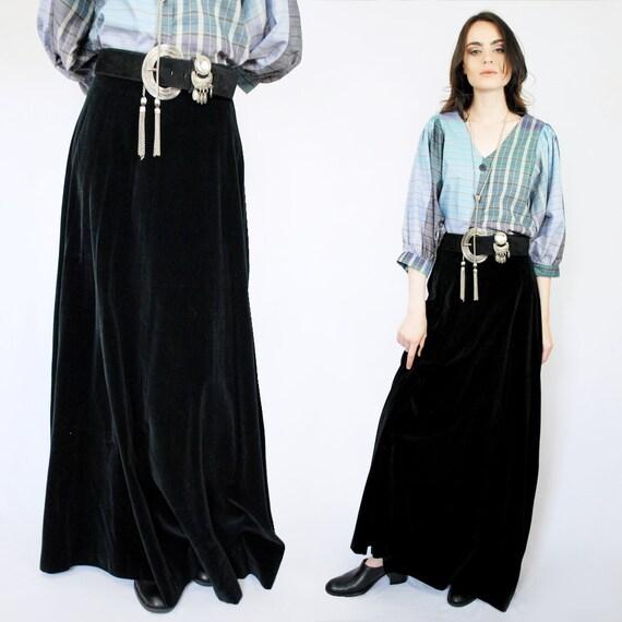 90s VINTAGE black velvet maxi skirt, PETITE, Goth… - image 5