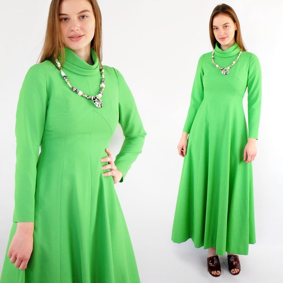 70s VINTAGE high neck long sleeve lime green maxi
