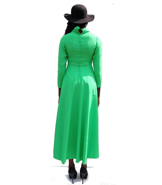 70s VINTAGE high neck long sleeve lime green maxi… - image 7