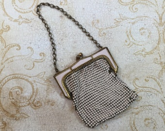 Bags, Handbags & Cases Antique Art Deco Silver Frame Brown Tan Cream Enamel Chain Mail Purse W&d