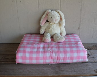 Vintage Pink & White Gingham Comforter, Twin Comforter