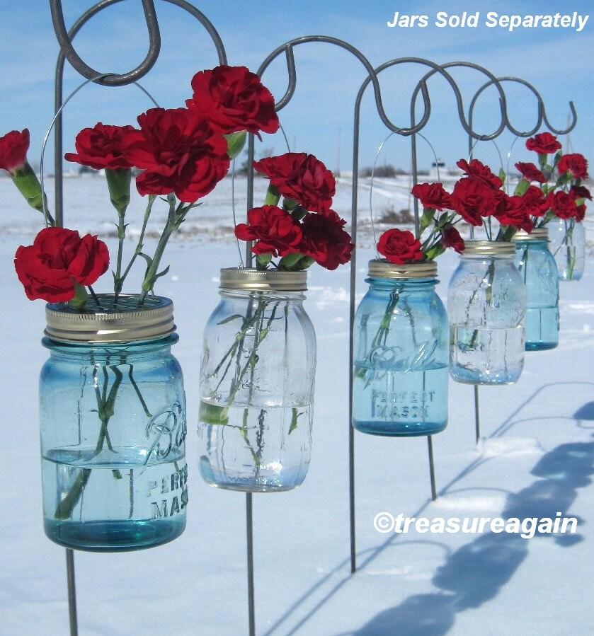 Flowers In Jars Wedding: Wedding Ceremony Flowers DIY Mason Jar Hanging Flower Frog