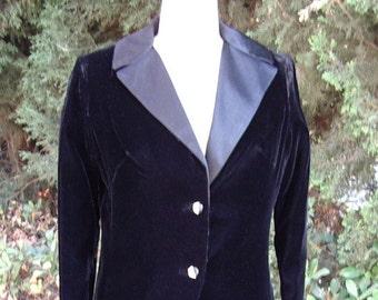 """Ladies Tuxedo Black Velvet """" Le Smoking"""" Style Dinner Suit  Long or Short Skirt  Designer Sample Size 8 Item # 809 Suits"""