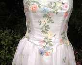 Pastel Flower Embroidered Organza Prom Wedding Gown Sz. 8 New Item 501 Gowns