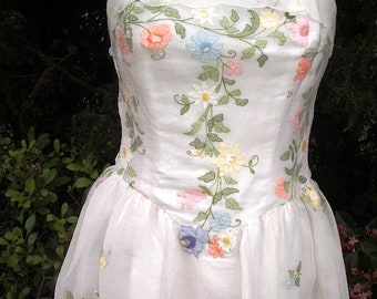 Pastel Flower Embroidered Organza Prom /Wedding Gown Sz. 8 New Item #501 Gowns