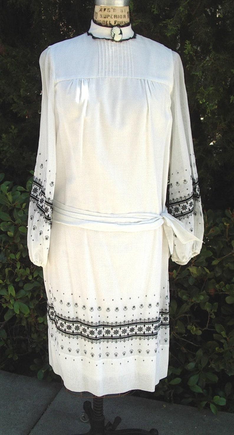 Reduced Vintage Inspired Summer Dress Embroidered Batiste Size:10  Item # 622 Summer Dresses