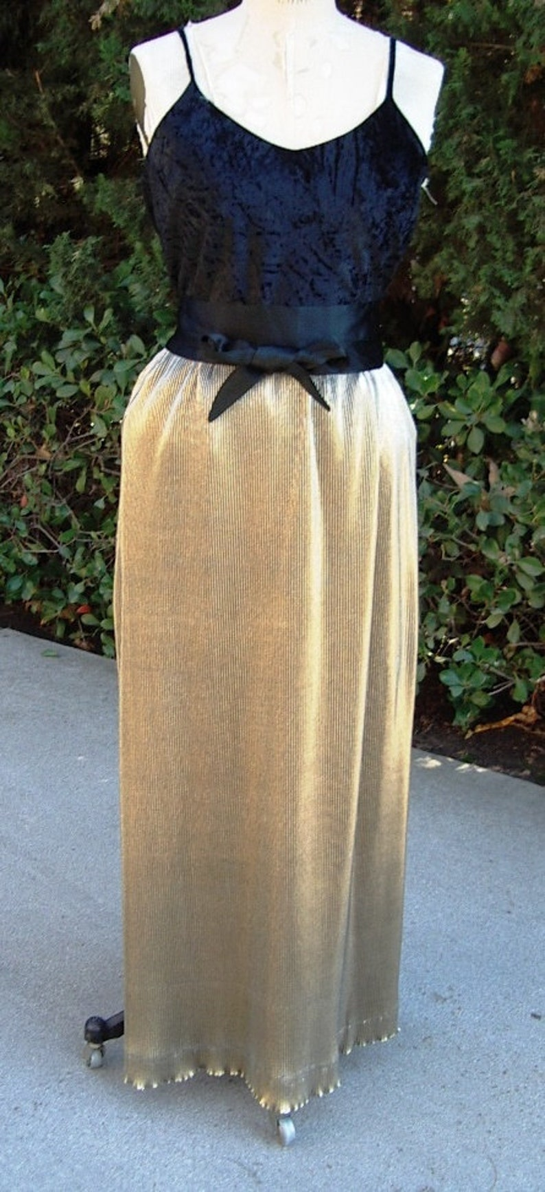 HOT  Pleated Gold Lame' Long Evening Skirt/ Black Crushed image 0