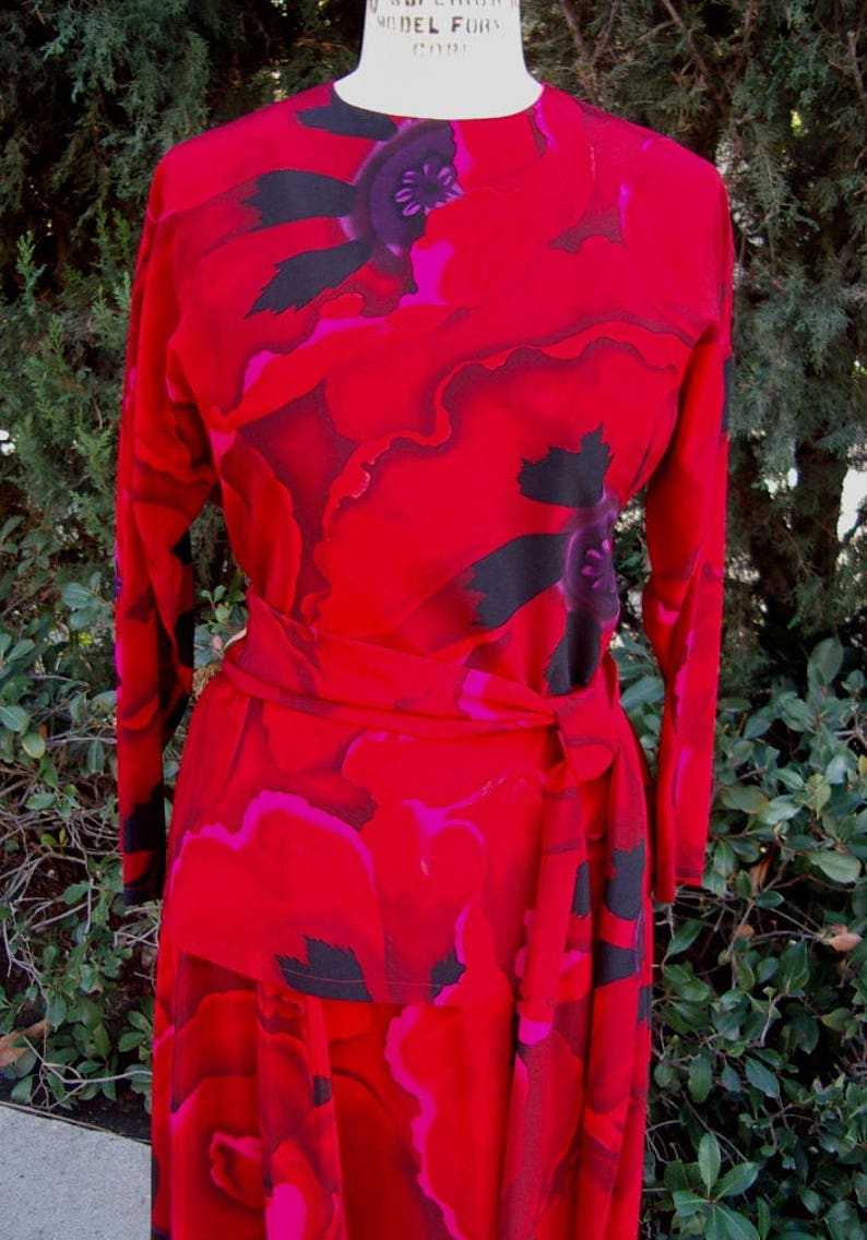 Ellen Tracy 4Pc. Red Floral Silk Eveing  Dinner Suit 2Pc. Long image 0