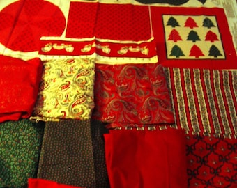 CHRISTMAS Sewing Textiles Assorted Cottons/Velveteens 14 Pieces #Ch100 Collectibles
