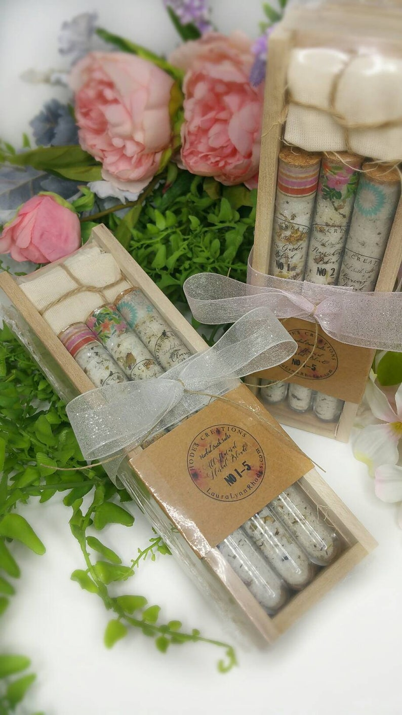Herbal Spa Bath Salts Gift Set in a test tube with Muslin image 0