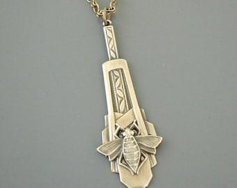 Vintage Jewelry - Art Deco Necklace - Honey Bee Necklace - Vintage Brass Necklace - Chloe's Vintage Jewelry - handmade jewelry