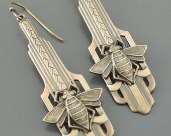 Vintage Jewelry - Art Deco Earrings - Brass Bee Earrings-  Vintage Earrings - Bee Earrings - Insect Jewelry - Cute Earrings - handmade