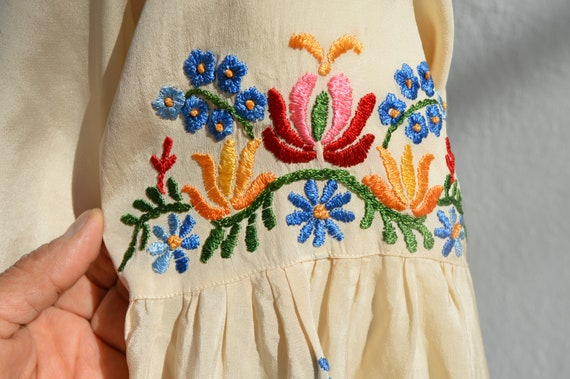Vintage 40's hand embroidered silk blouse pheasan… - image 4