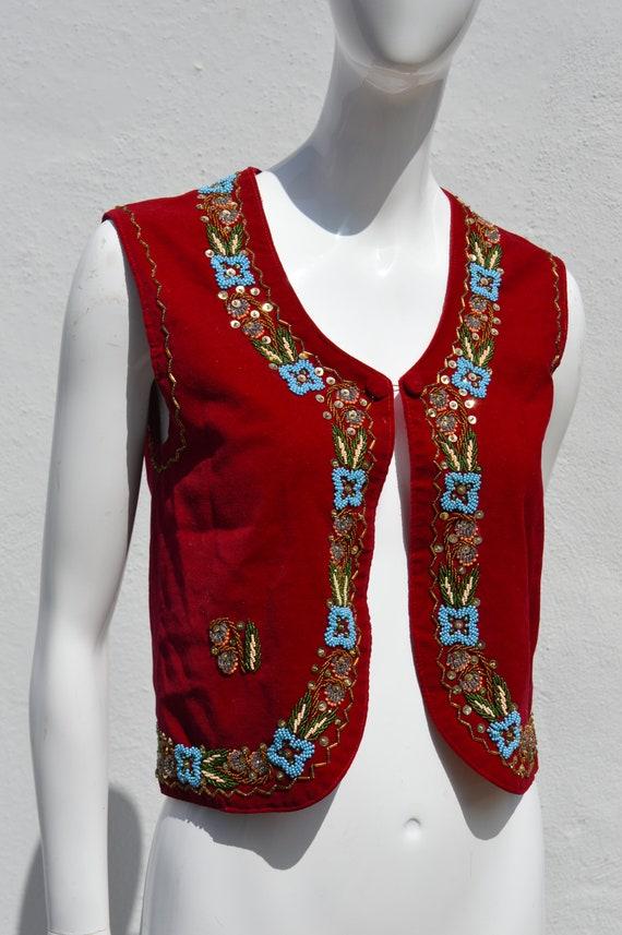 Vintage 70's HAND EMBROIDERED red velvet vest siz… - image 2