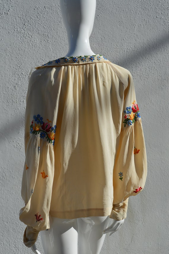 Vintage 40's hand embroidered silk blouse pheasan… - image 8