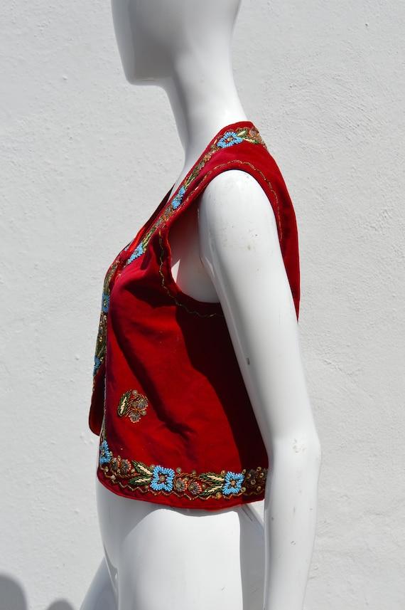 Vintage 70's HAND EMBROIDERED red velvet vest siz… - image 9