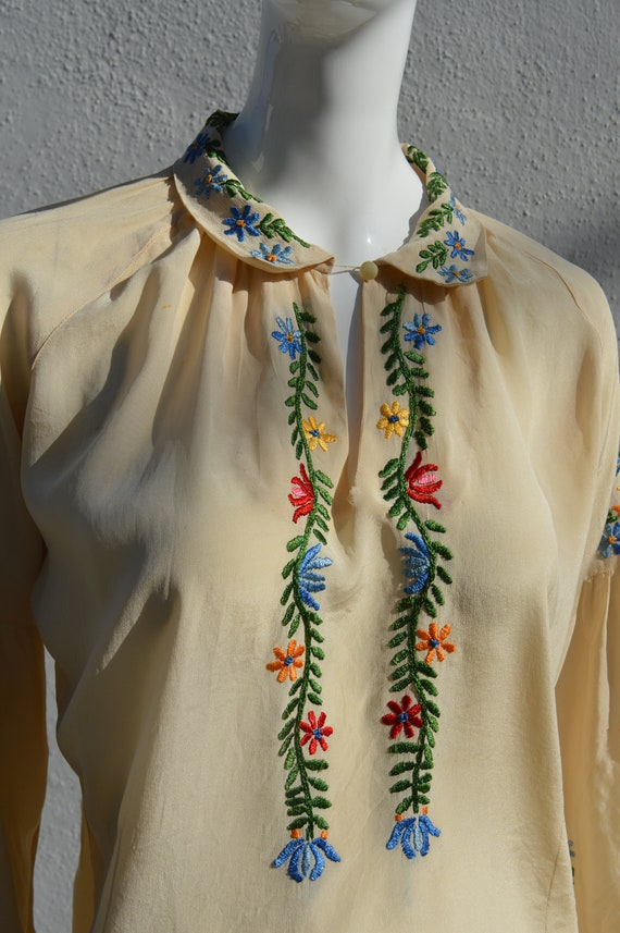 Vintage 40's hand embroidered silk blouse pheasan… - image 7