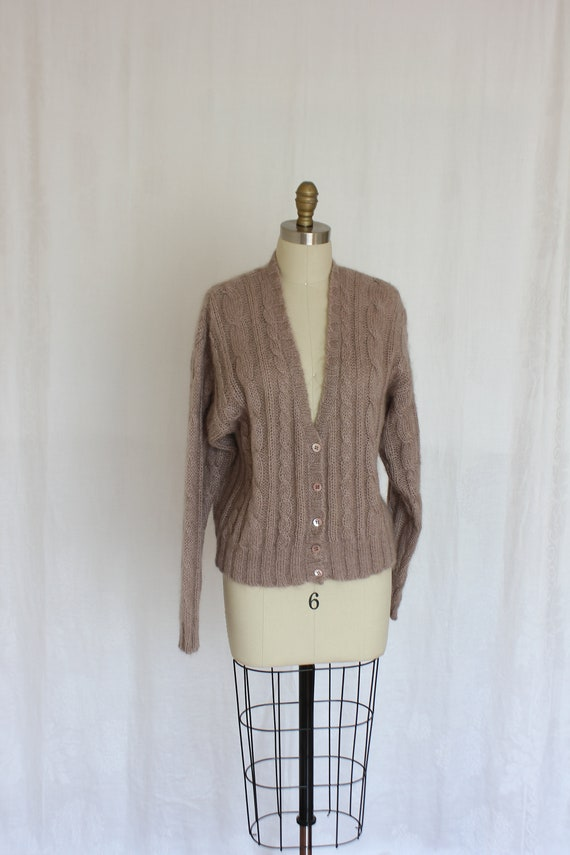 vintage knit button down cardigan with cable desig