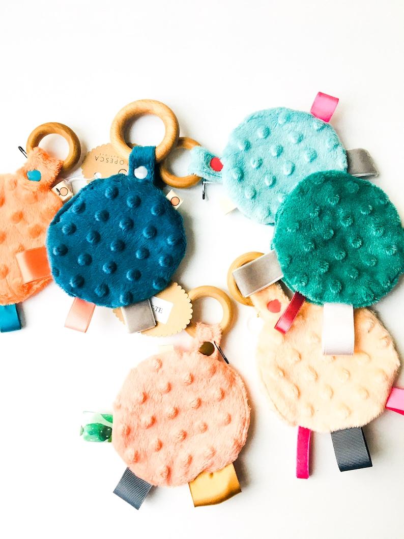 Baby Crinkle Toy Busy Mom Toy Plush Teething Toy Plush image 0