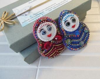 Glass beaded brooch Russian doll Bead Embroidery Matryoshka Russian folk Babushka red/blue/green Boho Jewelry Christmas Expecting mom gift