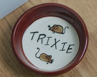 Cat Food Dish / Personalized with my Cat's Name / Choice of Colors / Mice Pattern / Gift for Cat / Gift for Cat Owner / Gift Under 15