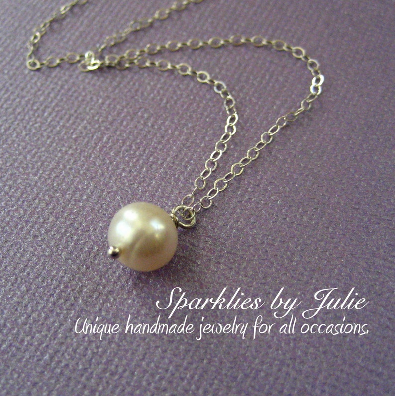 Pearl Simplicity Necklace  Freshwater round pearl all image 0