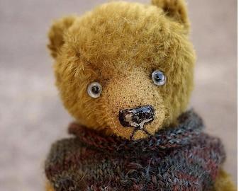 Keeper, Miniature 16 cm Mohair Artist Teddy Bear from Aerlinn Bears