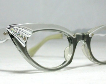 031e1b1642 Vintage Cat Eye Glasses. Pointy Silver and Gray with Rhinestones. Small  Frames