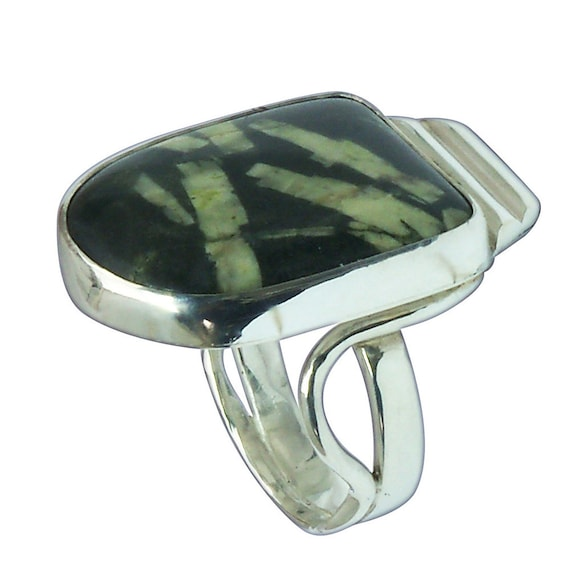 Chinese Writing Stone and Sterling Silver Ring, Size 8  r8cswf2683