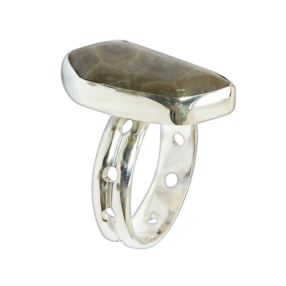Petoskey Stone and Sterling Silver Ring, Size 7-1/2  r75pkyf3108