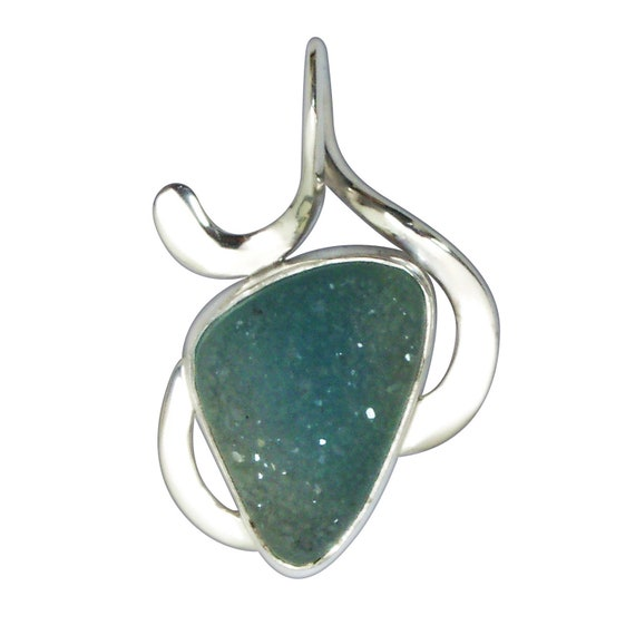 Druzy Agate and Sterling Silver Pendant  pdrzf3166