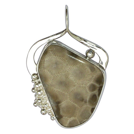 Petoskey Stone Pendant with Michigan Map cut out of backing silver, Sterling Silver setting  ppkyh3072