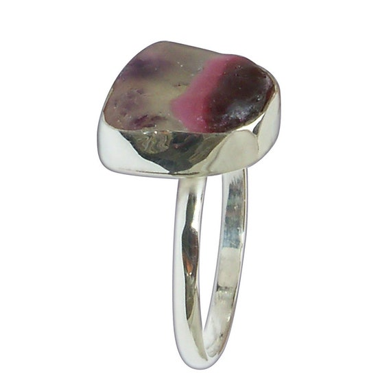 Beach Glass and Sterling Silver Ring, Size 7-1/8  r7125bglc3091