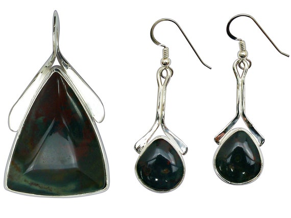 Bloodstone and Sterling Silver Pendant and Earring Set  sbsj3296