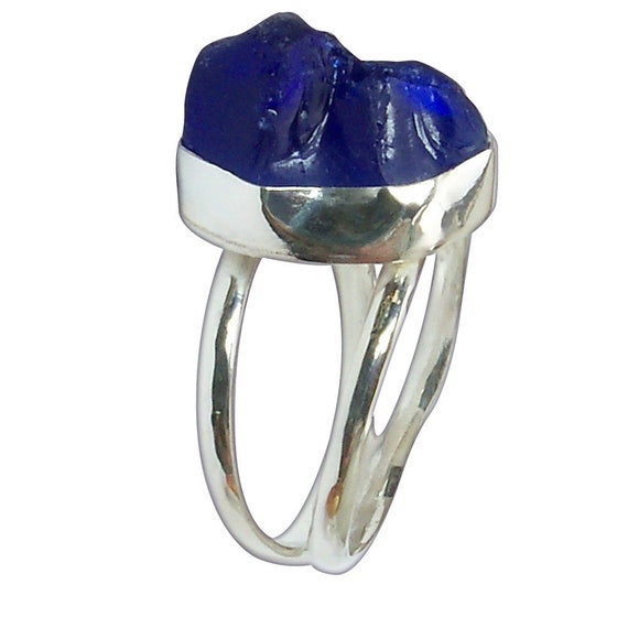Dark Blue Beach Glass and Sterling Silver Ring, Size 7-1/4  r725bgld3087