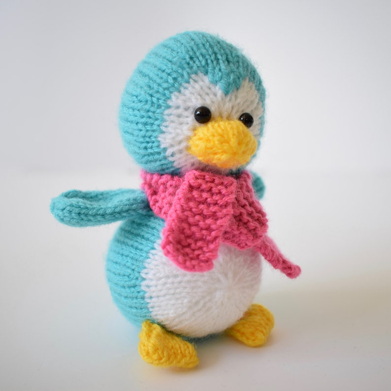 Penny the Penguin toy knitting pattern