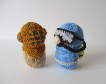 Divers toy doll knitting patterns