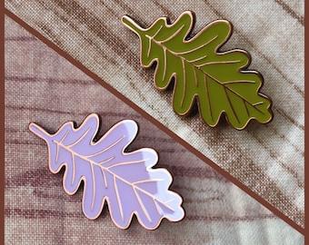 Rounded Oak Leaf Enamel Pin