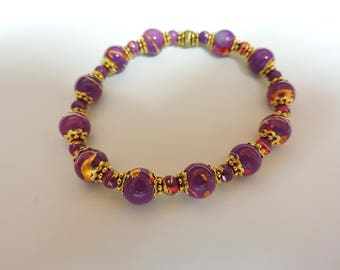 Deep Lavender Stretchy Bracelet, Everyday Wear ... Lots of Color, deep Lavender with splashes of red and gold with gold accents