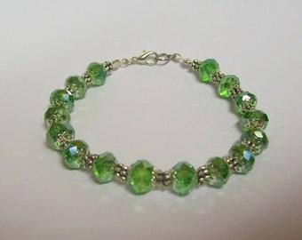7 1/2 inch Dressy Bracelet ....  Green and Silver ... Fancy, Dressy, lovely bracelet
