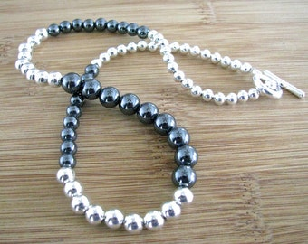 Alternating Hematite and Silver Graduated Short Strand Necklace